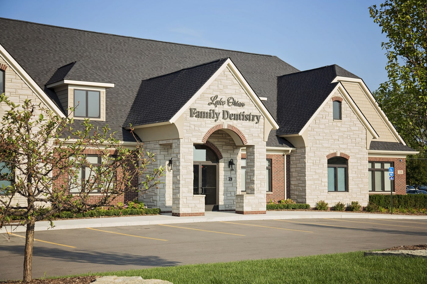 """I am very happy with my visit at Lake Orion Family Dentistry. The staff was very friendly and professional. They even took a little extra time to explore and explain all the options for what I needed. I will definitely be recommending them to all on my friends and Co workers that are looking for dental care."" ~ Gerrit"